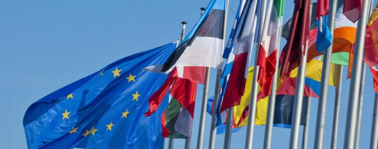 L'UE: identità e istituzioni
